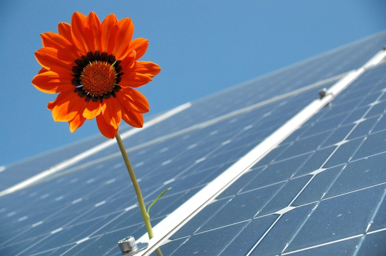 solar-2955323_1920