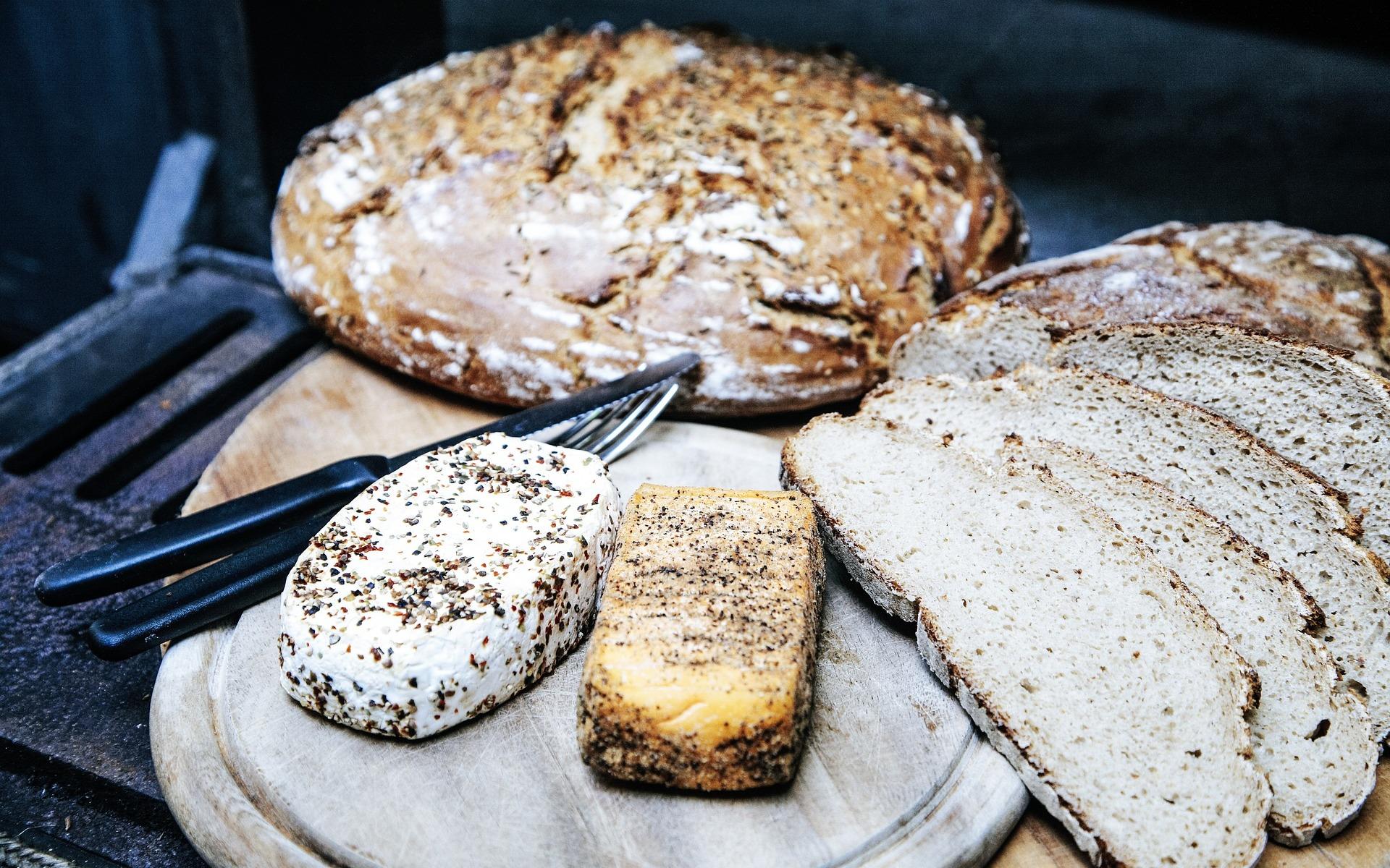 Crean pan y pastas con plátano para combatir diabetes y cáncer de colón