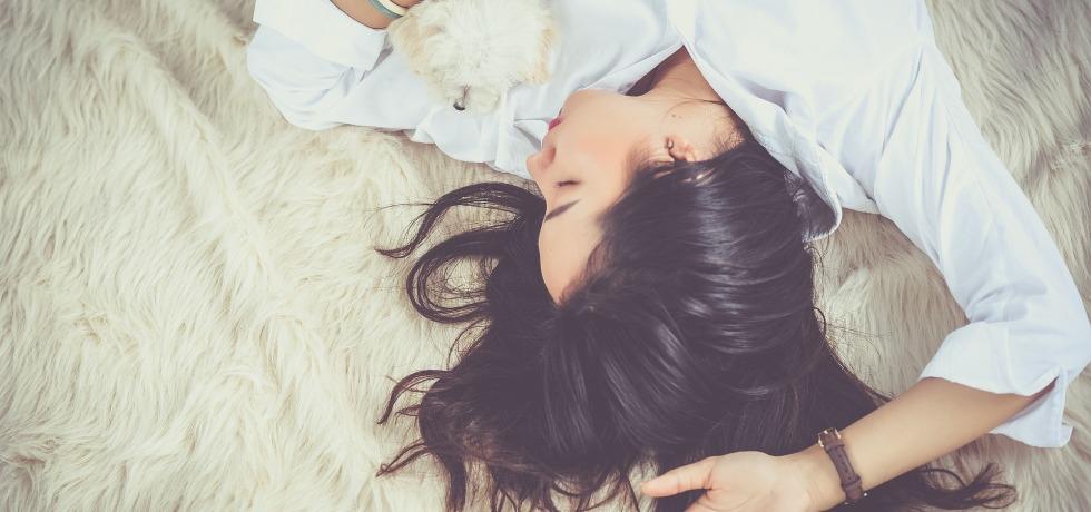 Dormir mucho o poco aumenta el riesgo de padecer enfermedades cardiovasculares