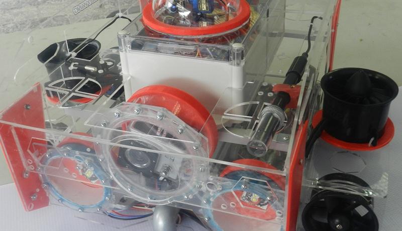 Crean prototipo de robot submarino para medir contaminación del agua